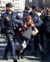 Optimized-carga_policial_hijos